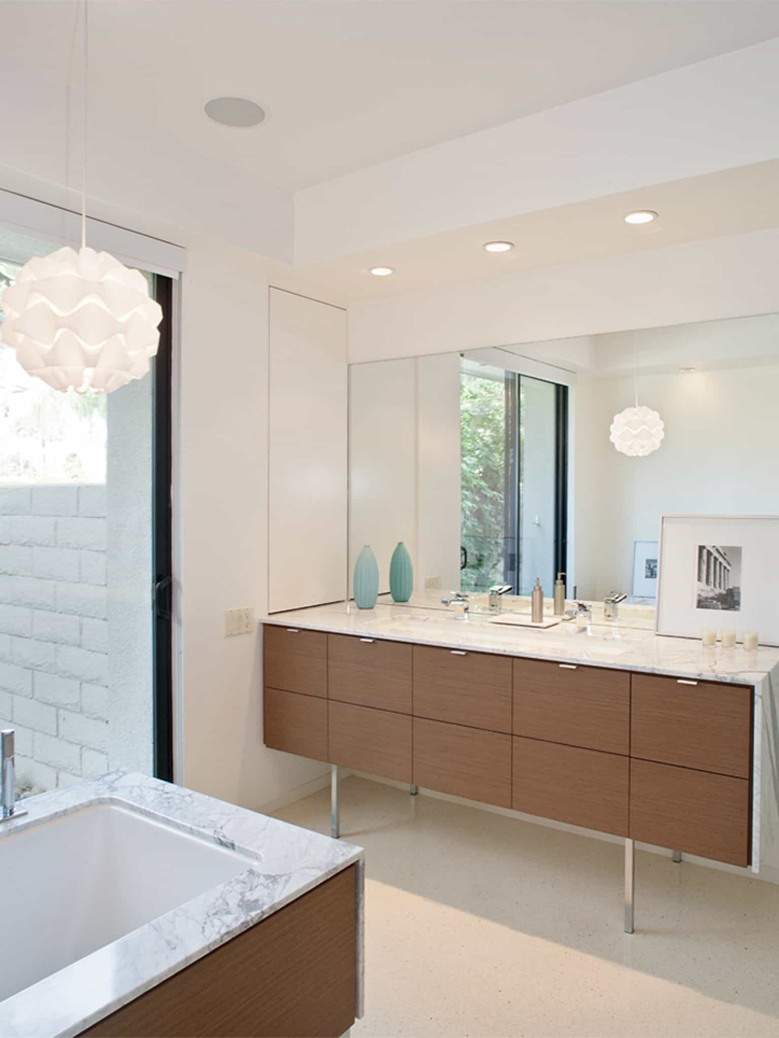 Midcentury Modern Feel Bathroom Design For (View 5 of 29)