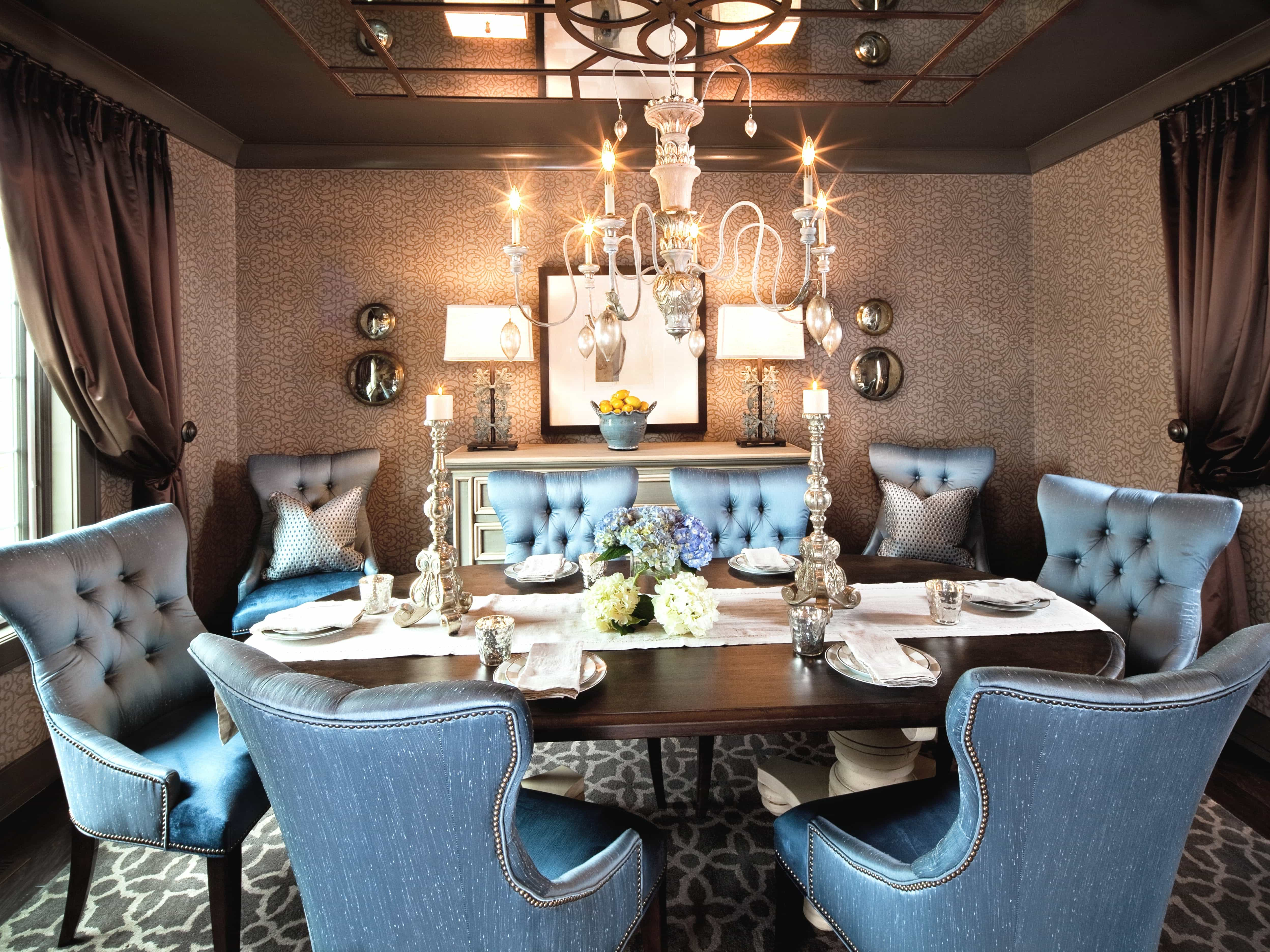 Romantic Dining Room With Tufted Dining Chairs (View 8 of 21)