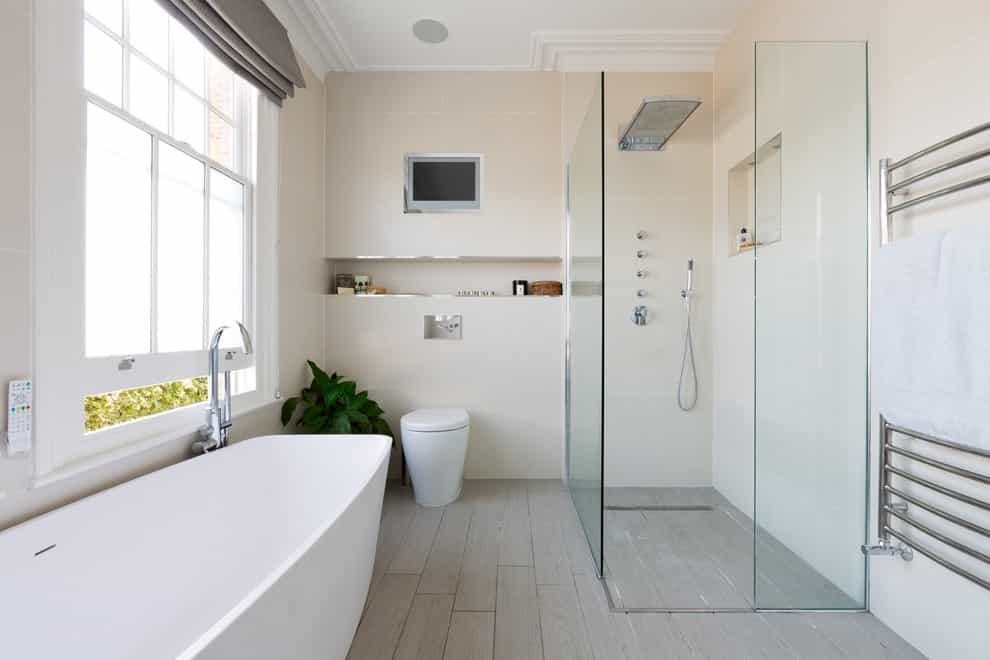 Small Built In TV For Contemporary Bathroom Shower (Image 10 of 15)