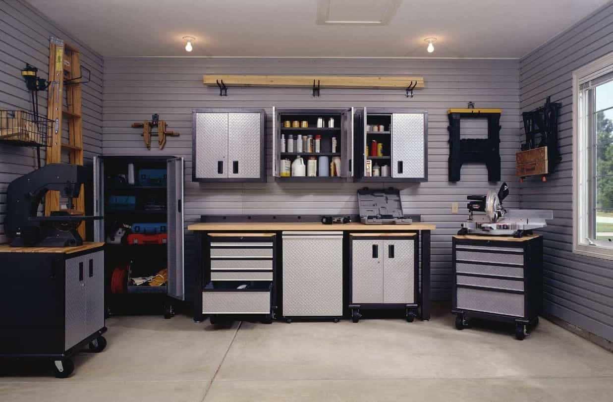 Traditional Garage Cabinet Storage (Image 10 of 10)