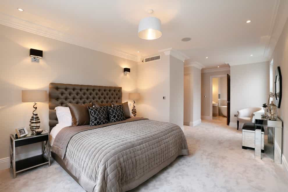 Trendy Luxury Master Bedroom Design With Gray Walls And Full Premium Carpet (Image 18 of 18)