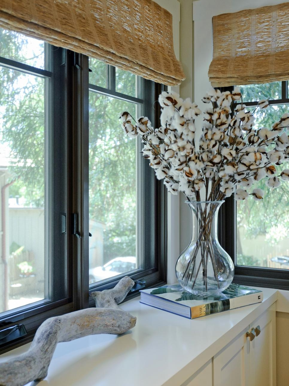 10 Top Window Treatment Trends Hgtv Intended For Kitchen Curtains And Blinds (Image 1 of 15)