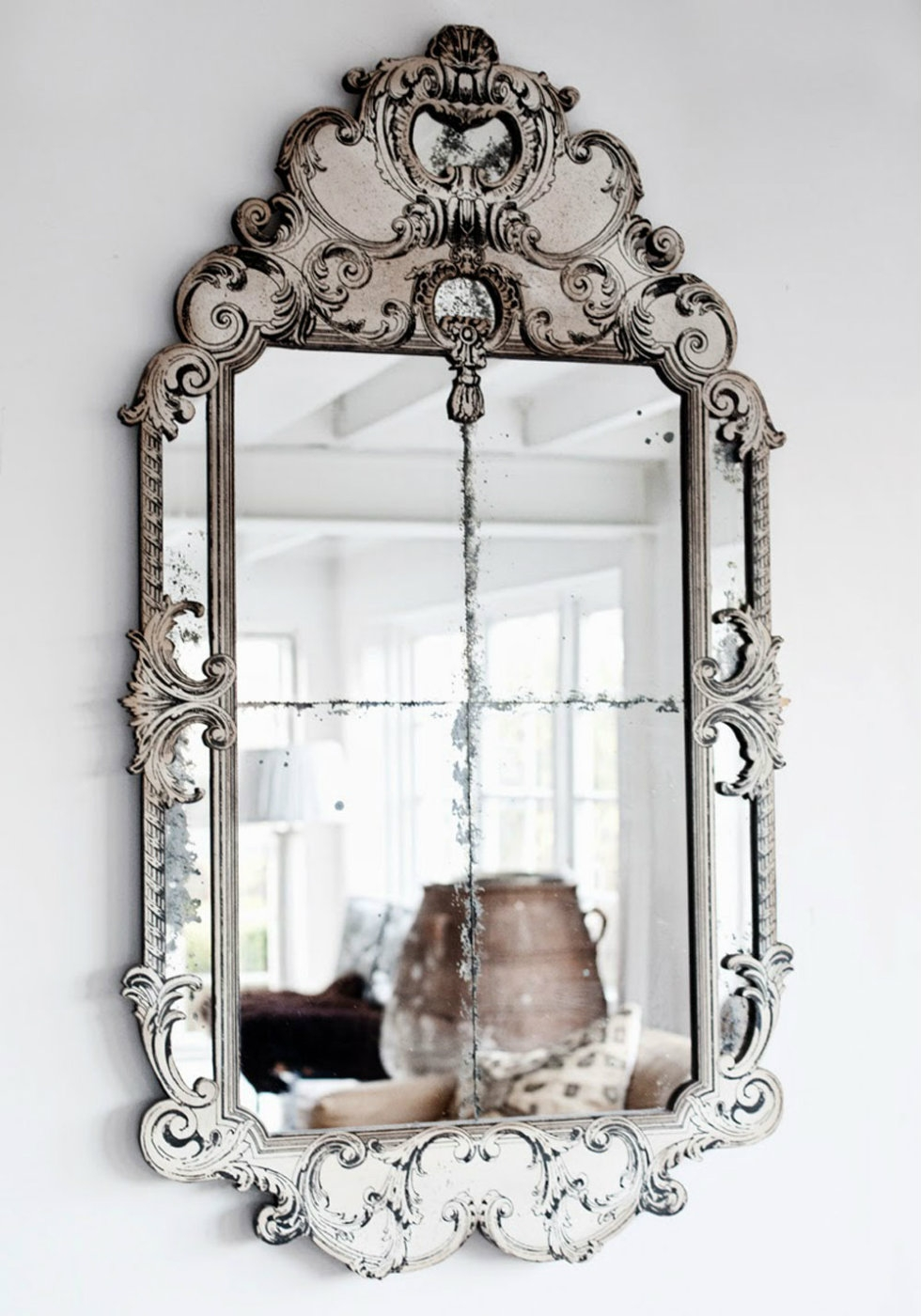 2015 Milan Design Week Trend To See Luxurious Venetian Mirrors In Venetian Mirrors Cheap (Image 2 of 15)