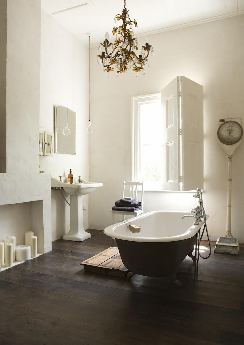 21 Ideas To Decorate Lamps Chandelier In Bathroom Regarding Chandeliers For Bathrooms (View 4 of 15)