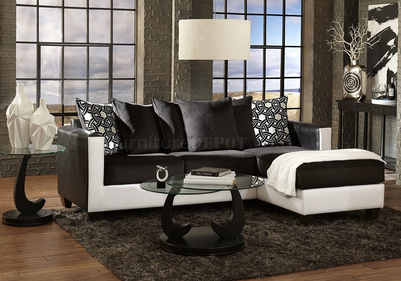 3001 Sectional Sofa In Black White Intended For Black And White Sectional Sofa (View 4 of 15)