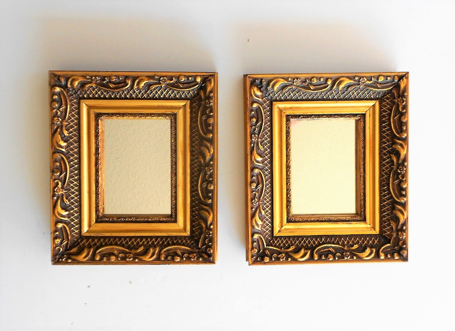 65 H Wall Mirrors Gold Decorative Mirrors Small Wall Mirrors Regarding Small Ornate Mirrors (Image 1 of 15)