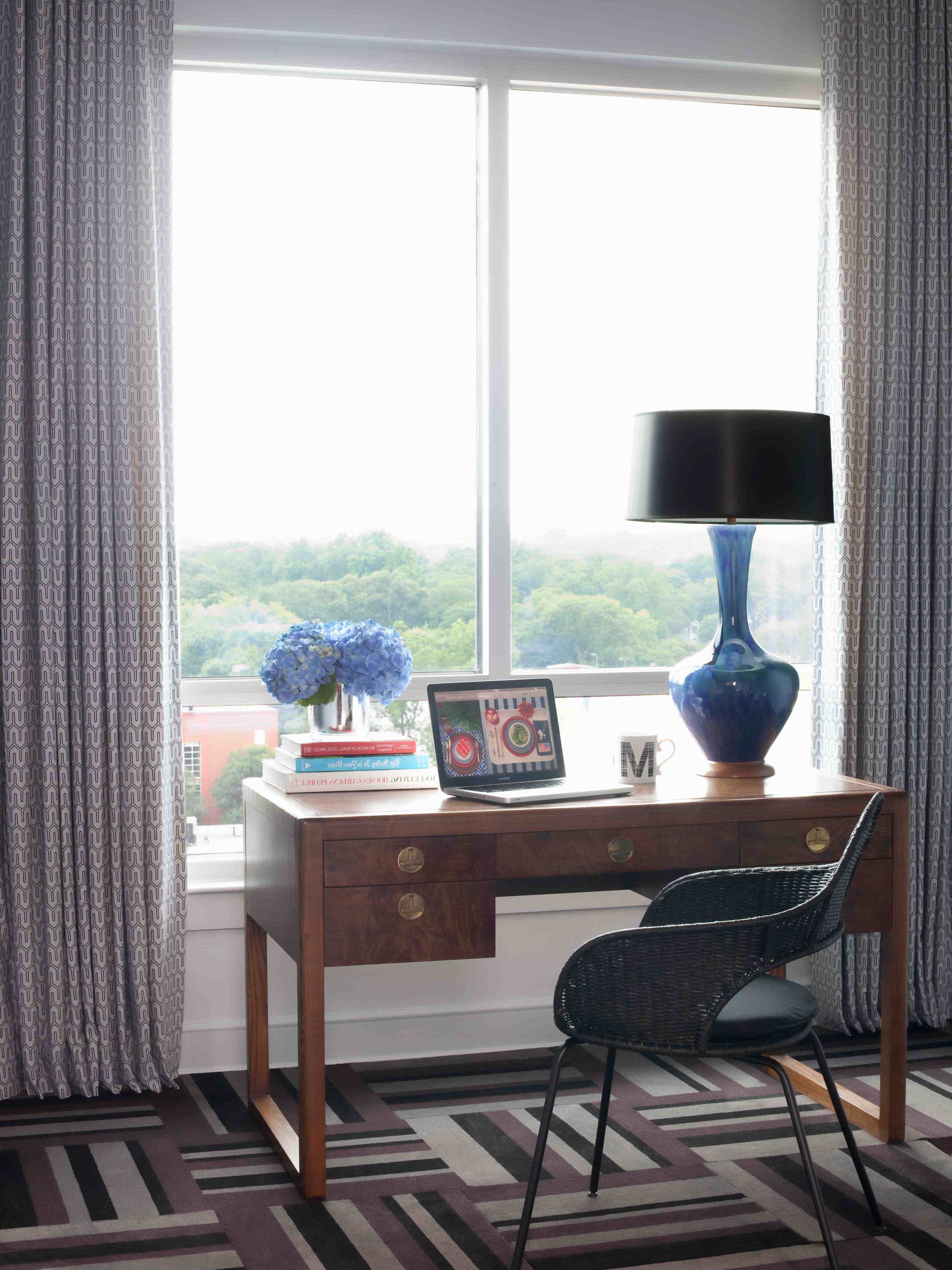 Featured Image of Art Deco Workspace With Funky Blue Lamp And Bold Patterned Rug