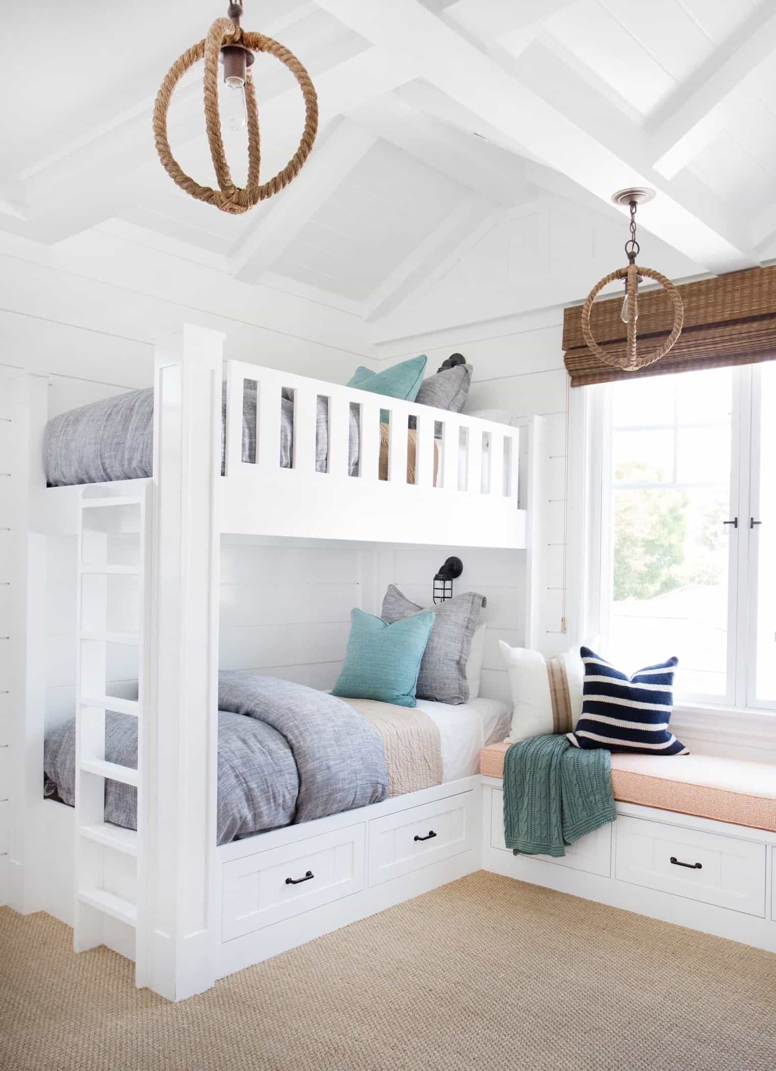 Featured Image of Bright Kids Room With Soft Bursts Of Color
