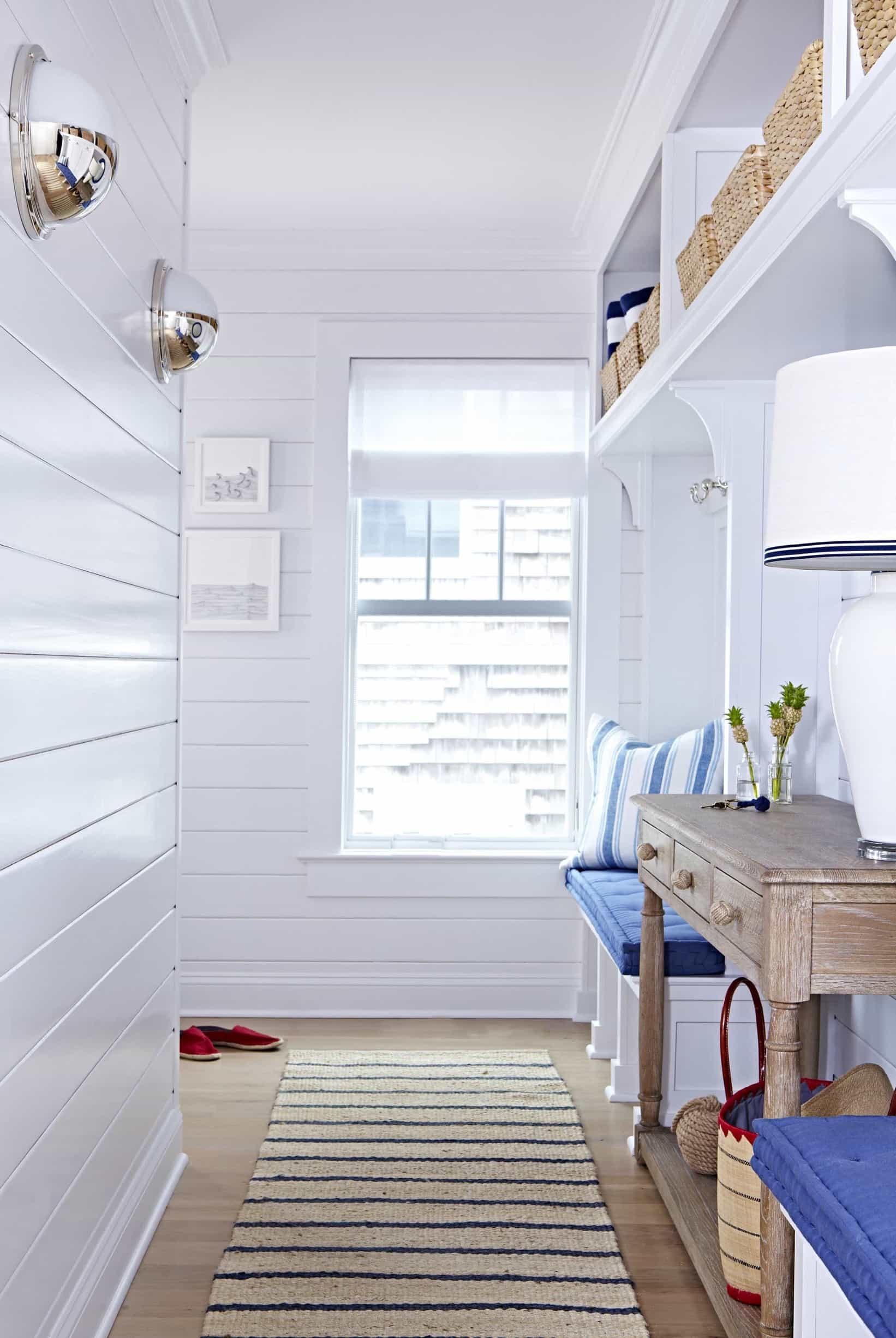 Featured Image of Bright And Airy Mudroom