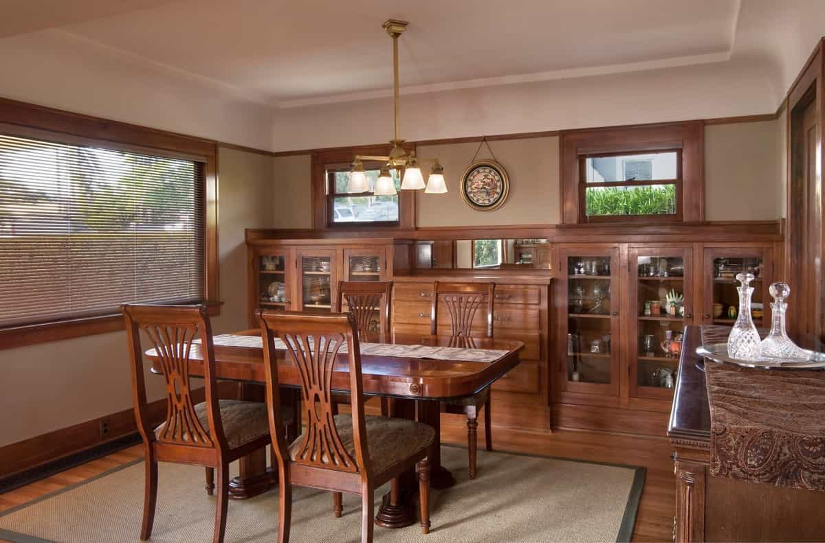 Featured Image of Built In Cabinets And Wood Furniture For Neutral Craftsman Dining Room