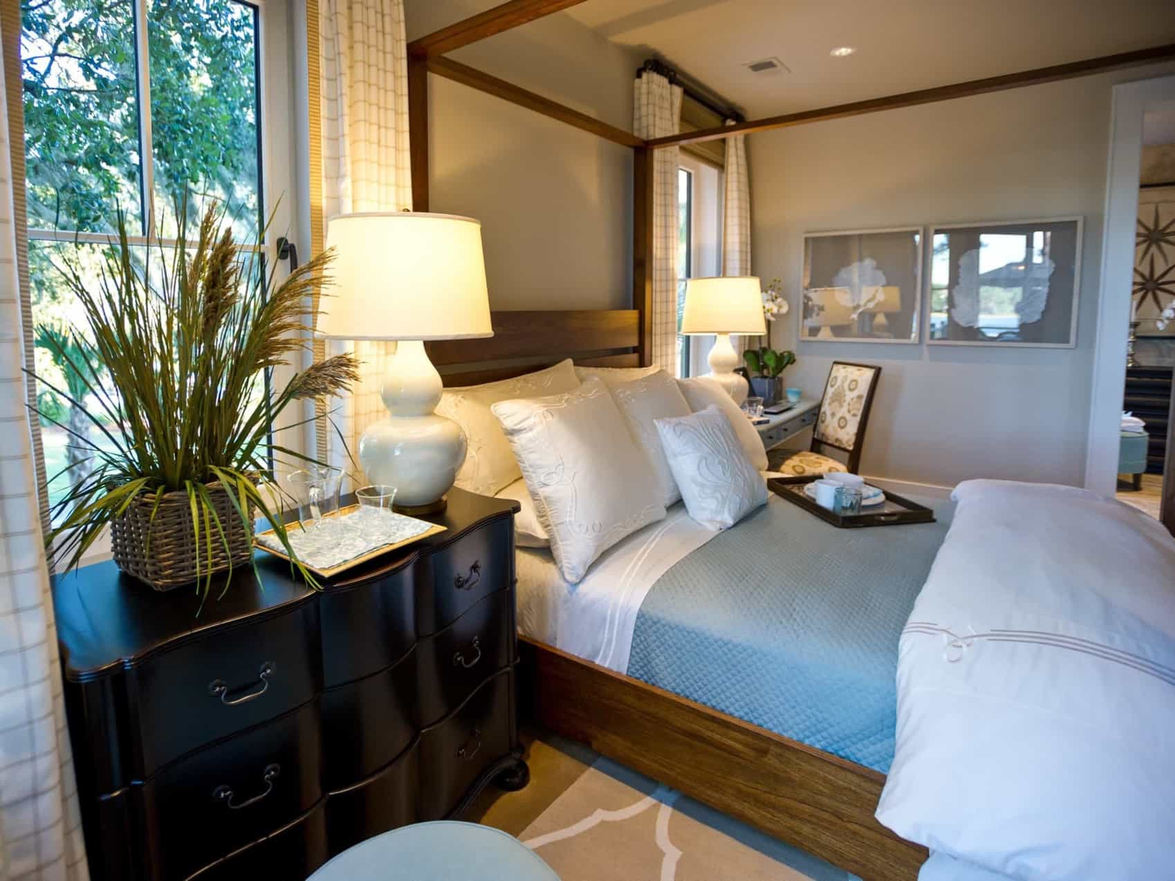 Featured Image of Canopy Bed Anchors Coastal Master Bedroom