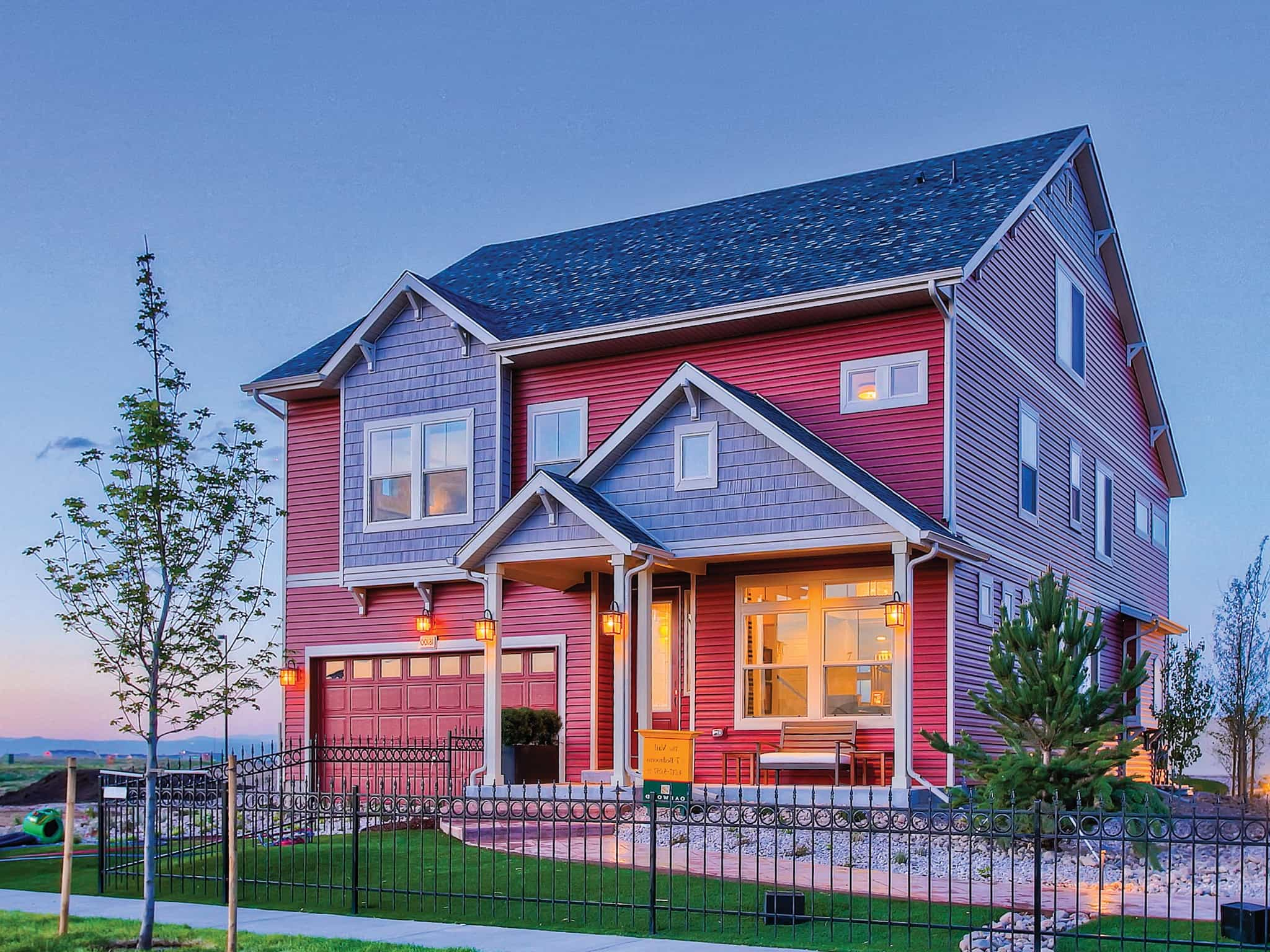Featured Image of Cape Cod House Exterior With Red Siding