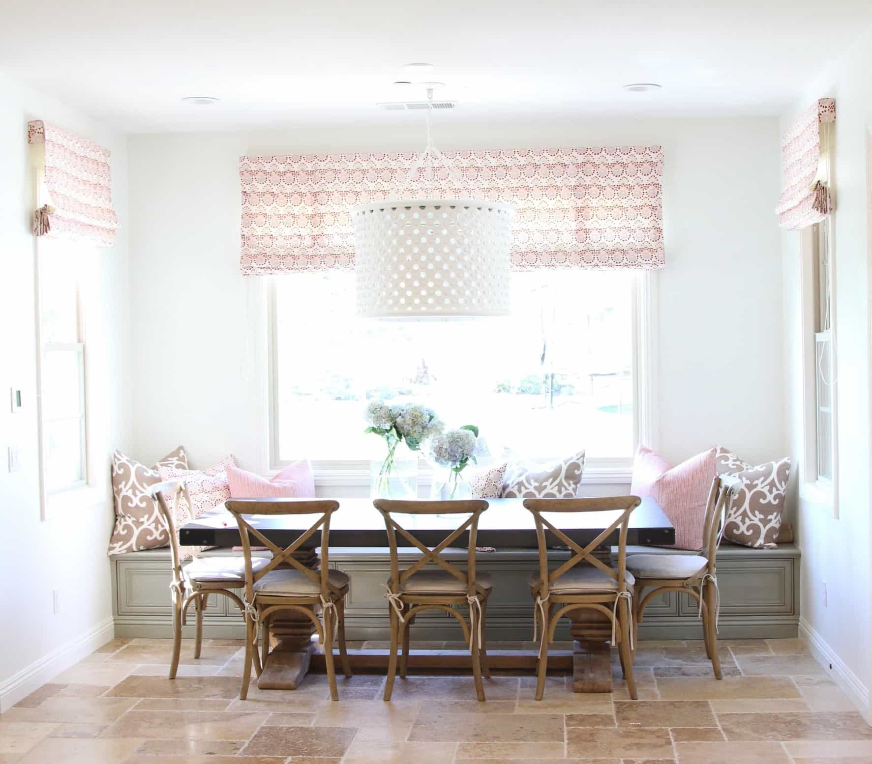 Featured Image of Charming Banquette Breakfast Nook