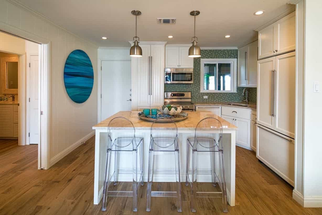 Featured Image of Coastal Inspired Kitchen With Green Mosaic Backsplash