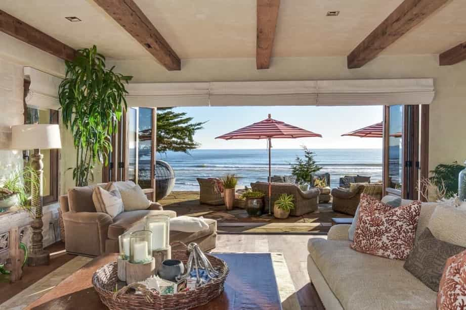 Featured Image of Coastal Living Room And Patio
