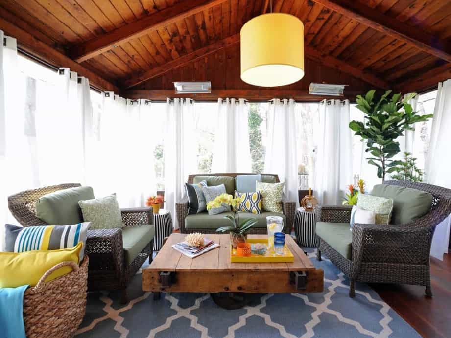 Featured Image of Coastal Outdoor Living Room