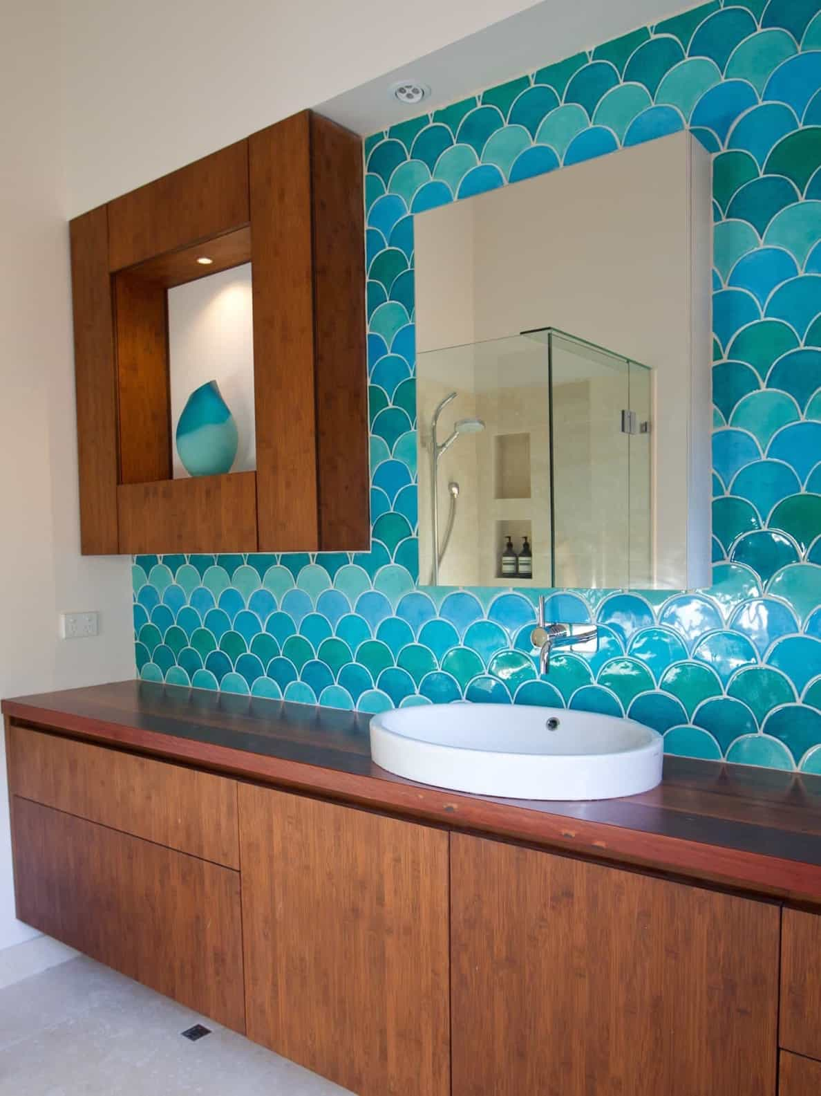 Featured Image of Coastal Themed Bathroom With Blue Tile Bath Vanity