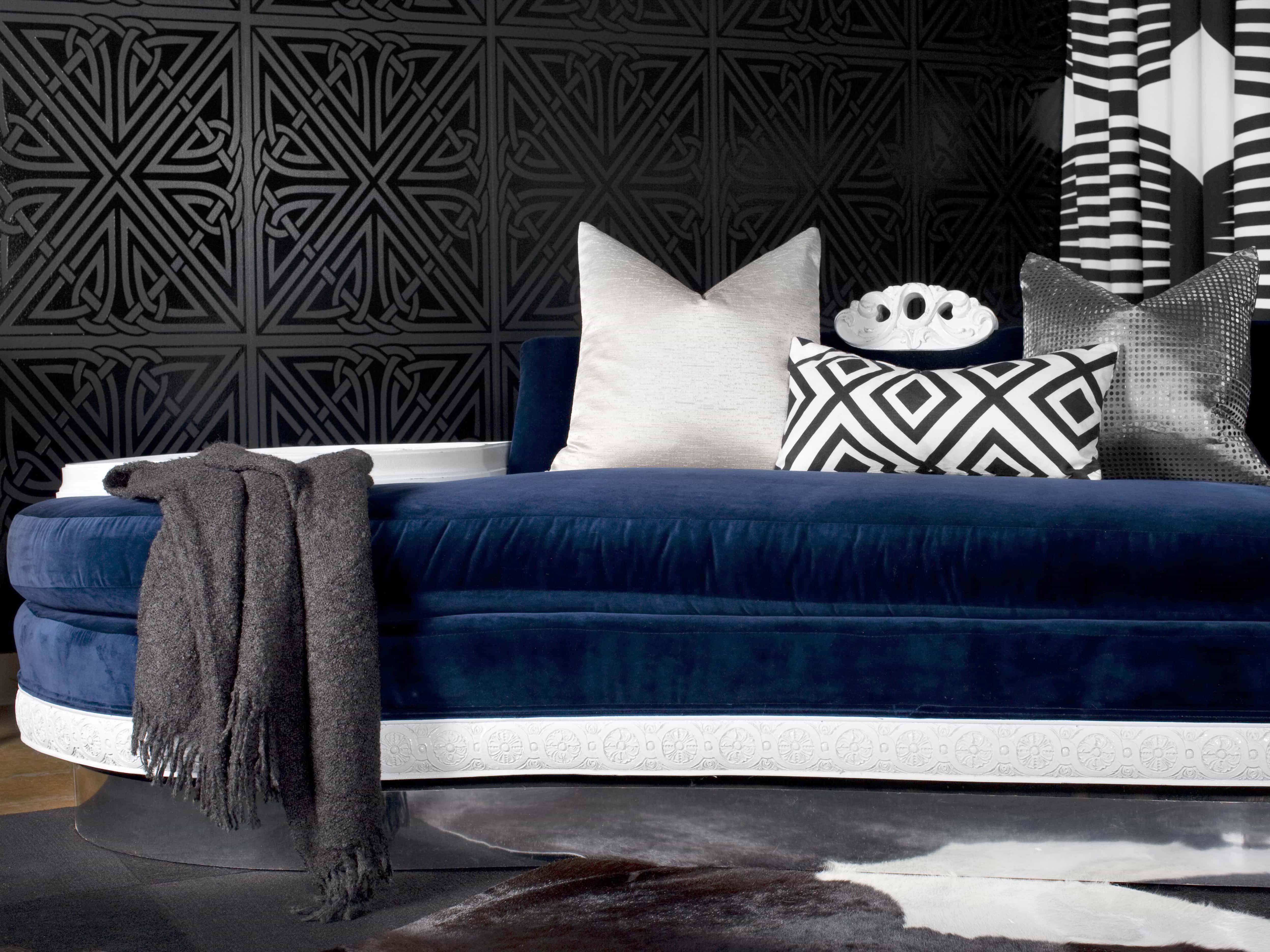 Featured Image of Contemporary Blue Settee And Graphic Black Wallpaper