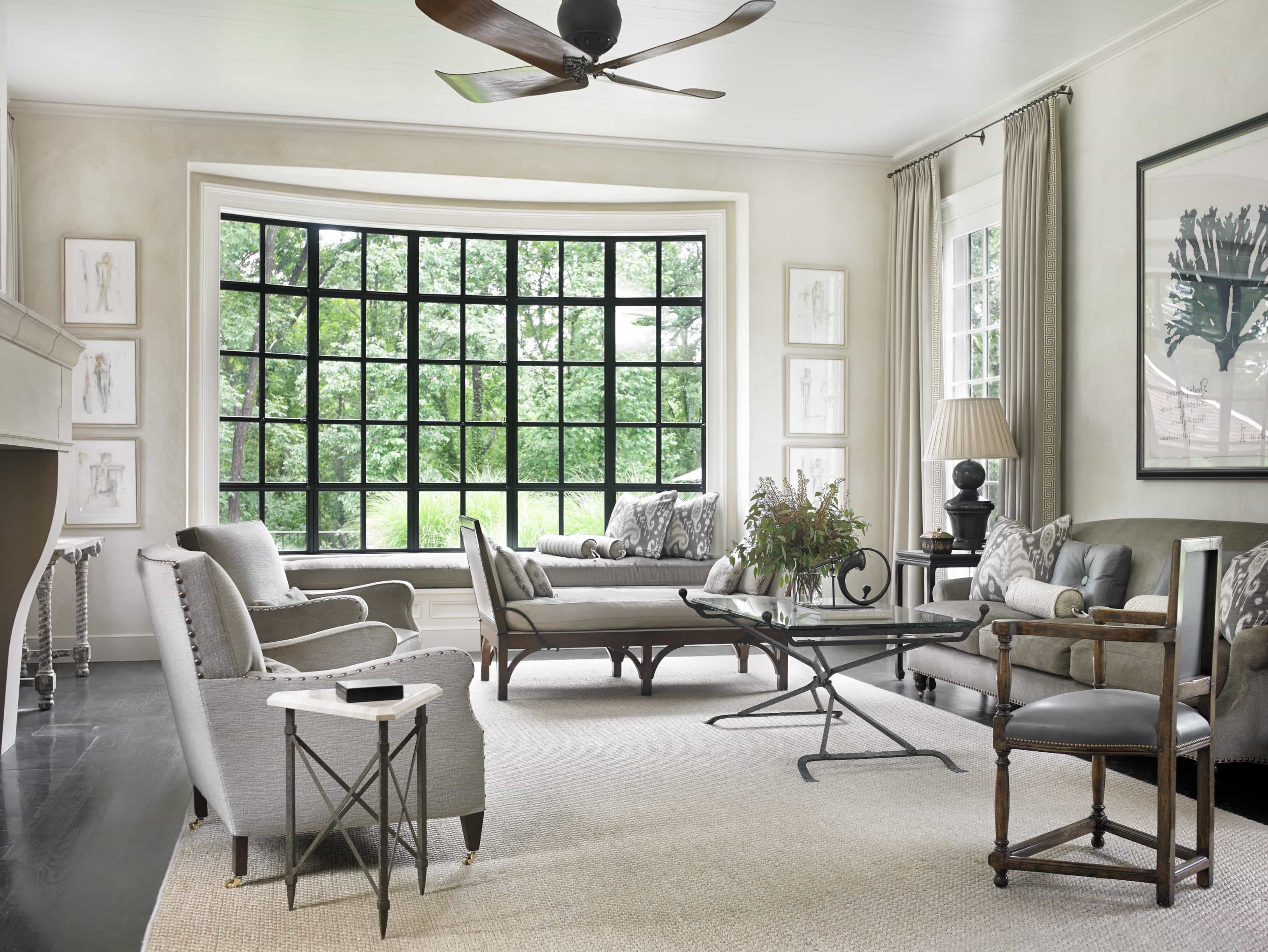 Featured Image of Contemporary Living Room With Large Bay Window And Upholstered Furniture