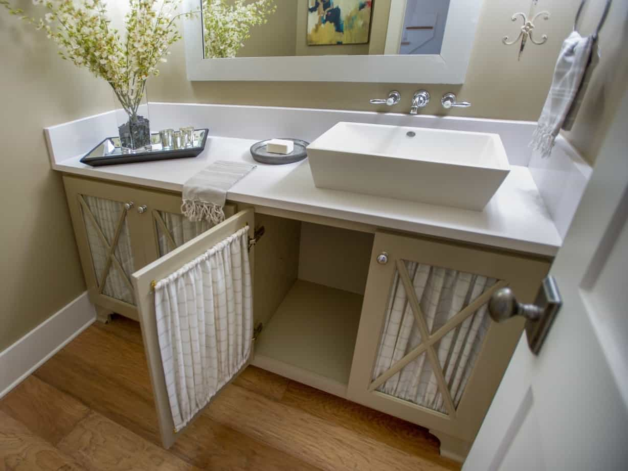 Featured Image of Cottage Style Bathroom Vanity And Rectangle Vessel Sink