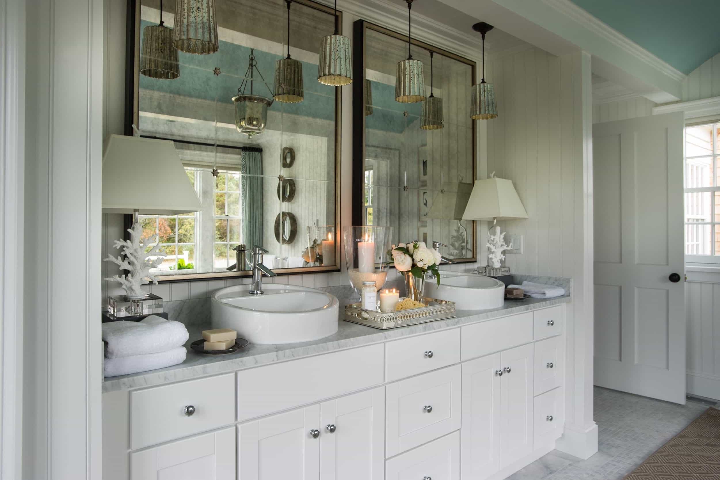 Featured Image of Cottage Bathroom Mirror Vanity And Cabinets