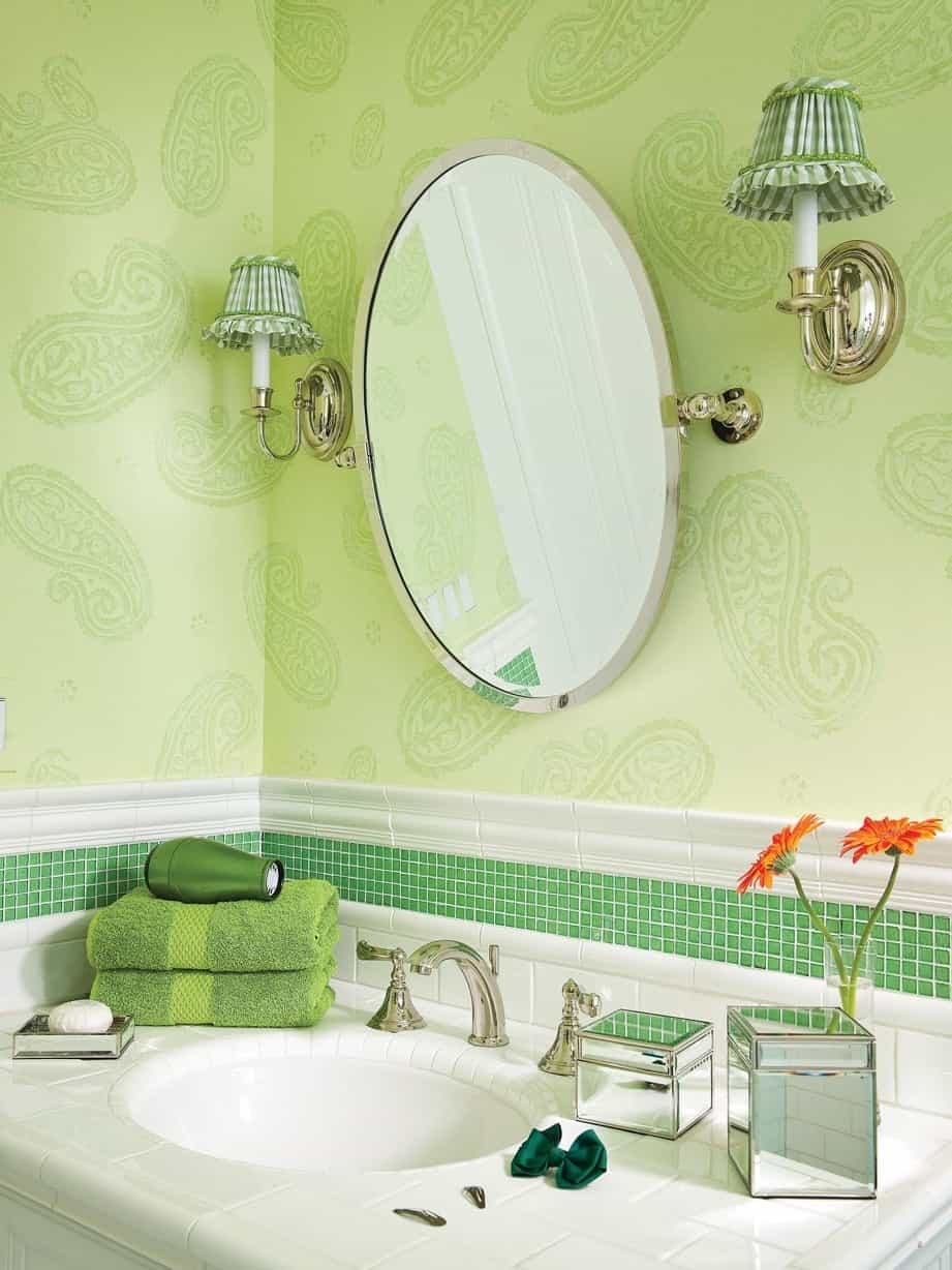 Featured Image of Cottage Oval Mirror With Two Small Lamp Fixtures For Classic Bathroom
