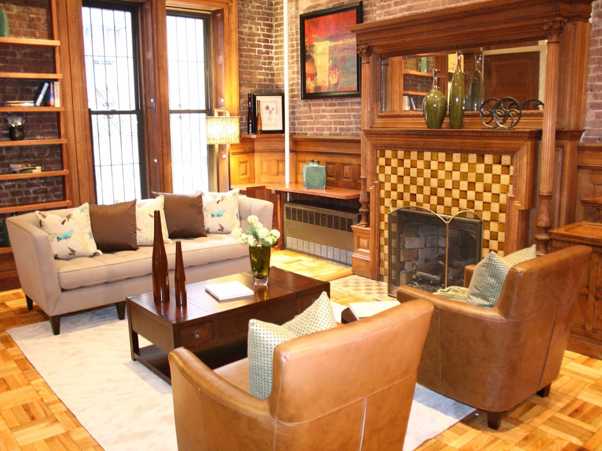 Featured Image of Country Living Room With Streamlined Furniture