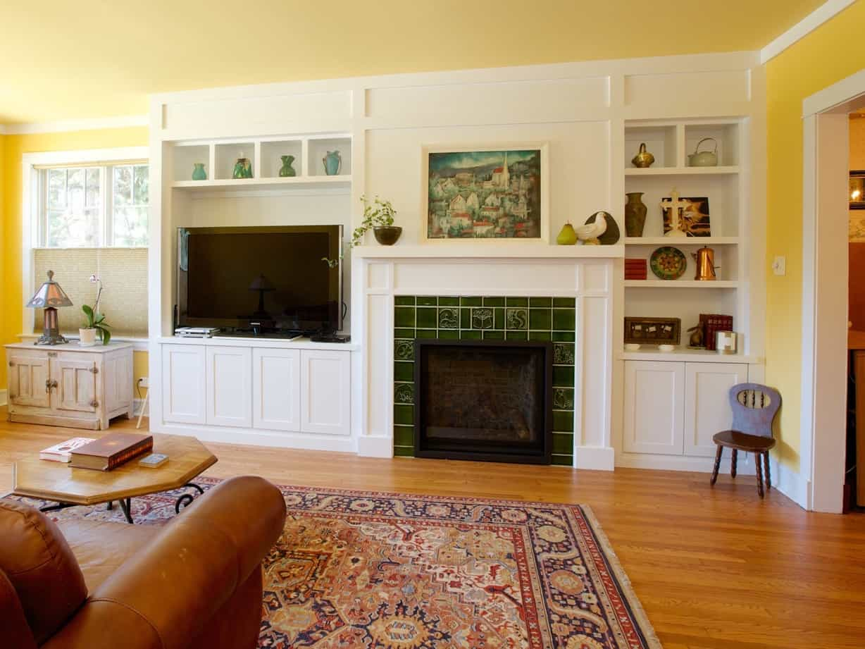 Featured Image of Craftsman Style Living Room Remodel With Custom Cabinetry
