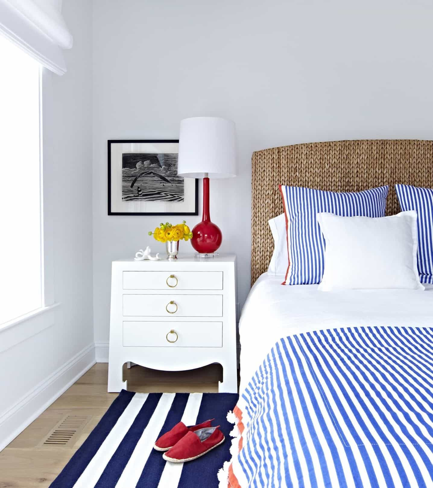 Featured Image of Decorated Bedroom In Cozy Nautical Theme
