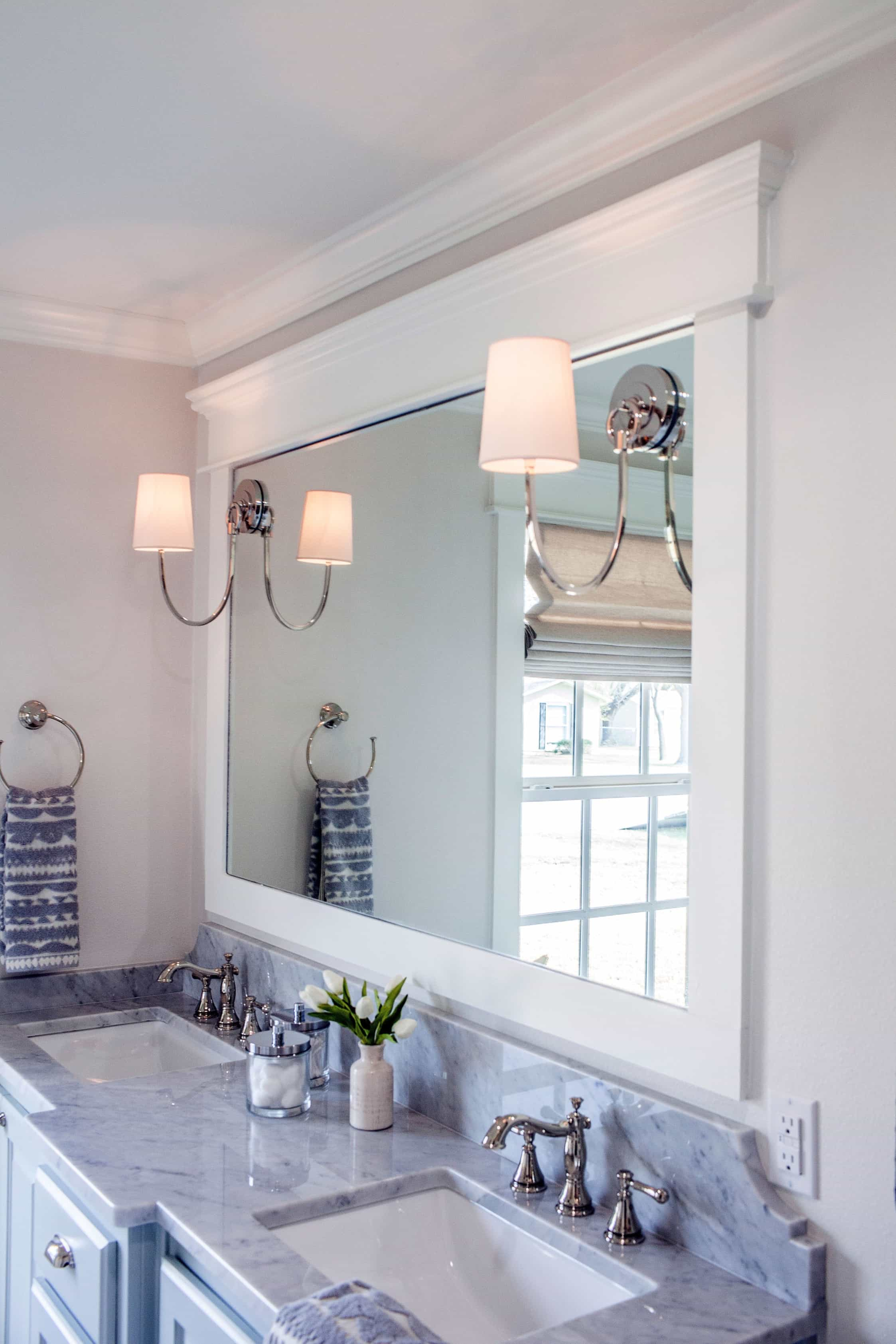 Featured Image of Double Vanity With Marble Countertop