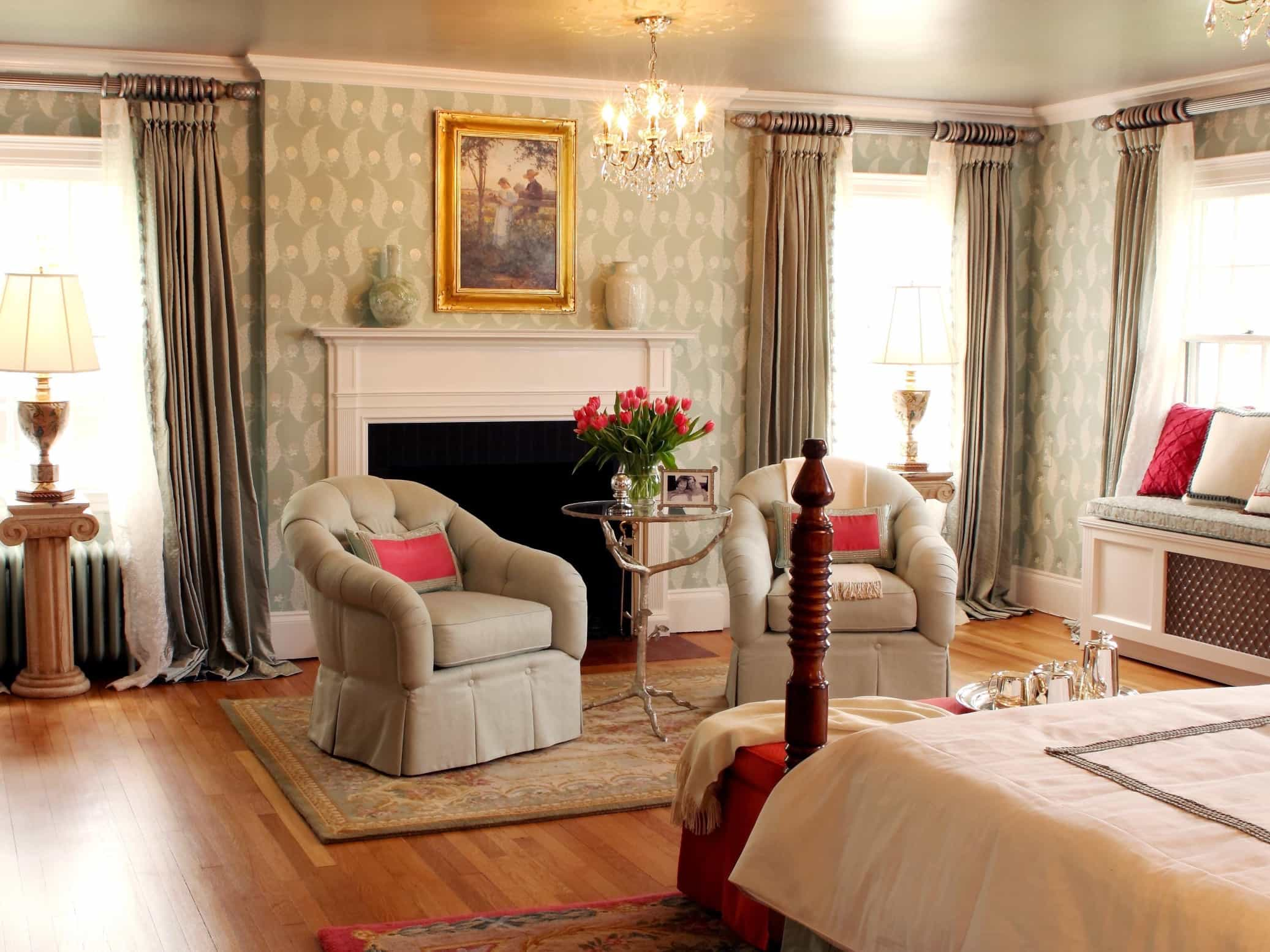 Featured Image of Elegance Green Colonial Bedroom With Fireplace And Sitting Area