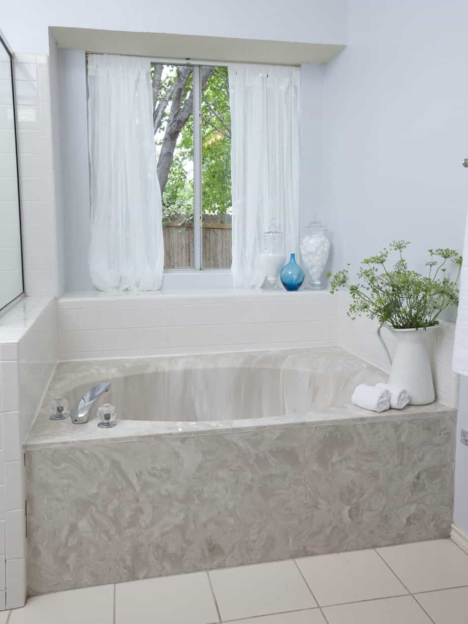 Featured Image of Elegance Marble Bathroom Tub