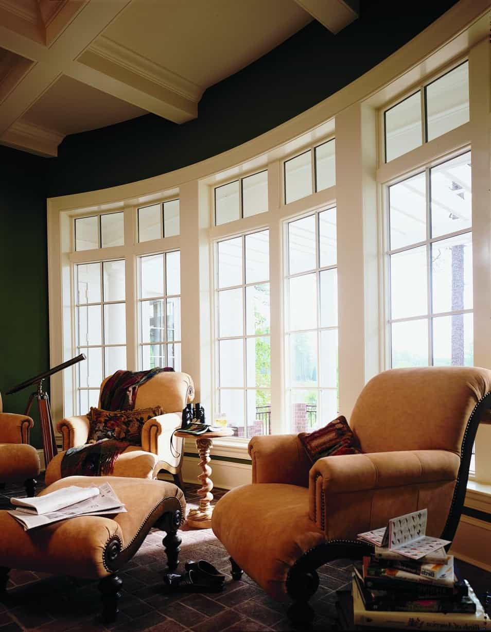 Featured Image of Georgian Style Living Room With Curved Wall Of Windows