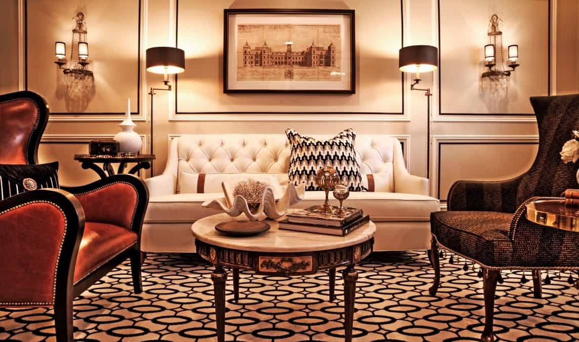 Featured Image of Glamorous Art Deco Living Room With Tufted White Sofa