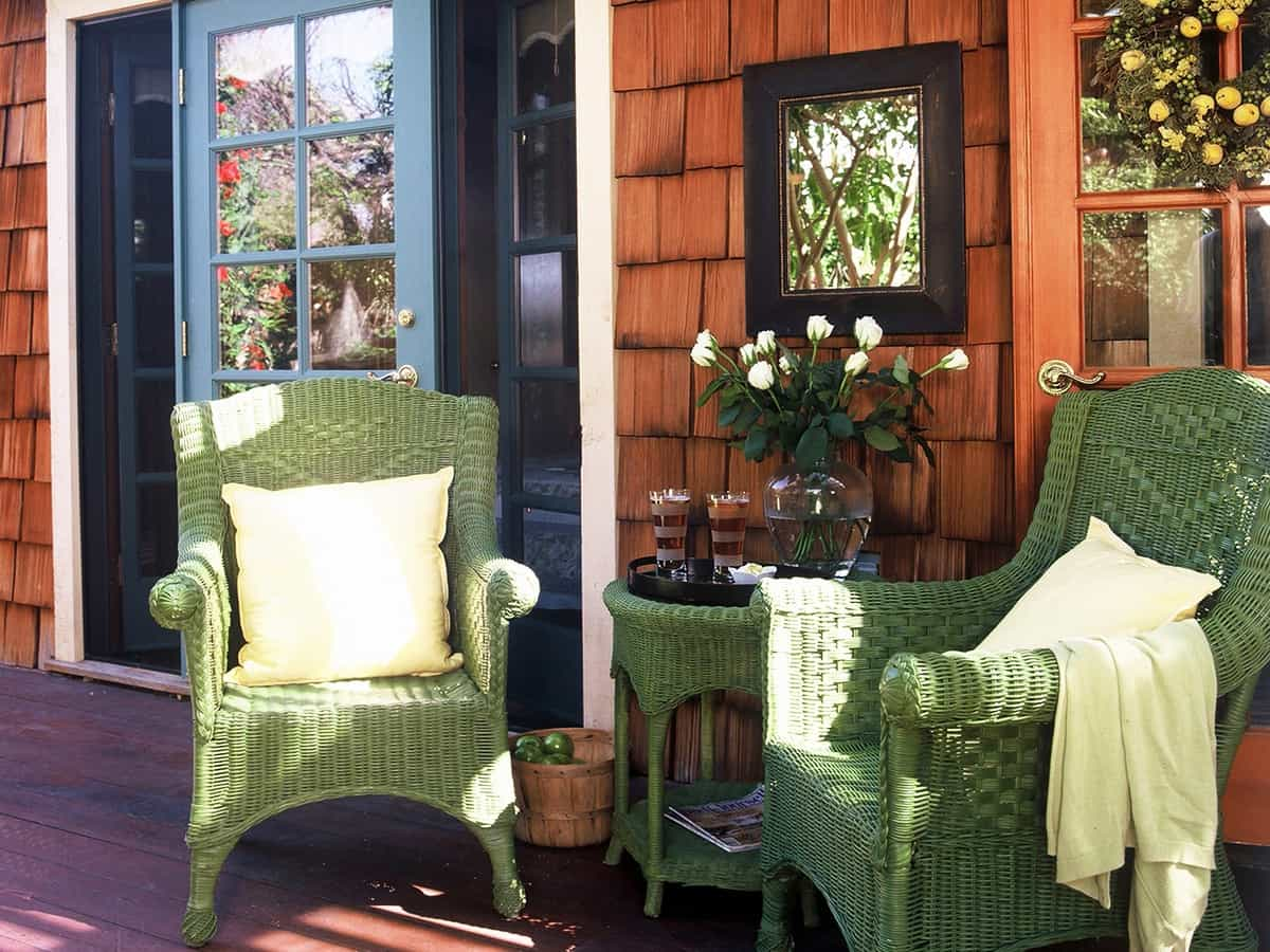 Featured Image of Green Wicker Outdoor Furniture