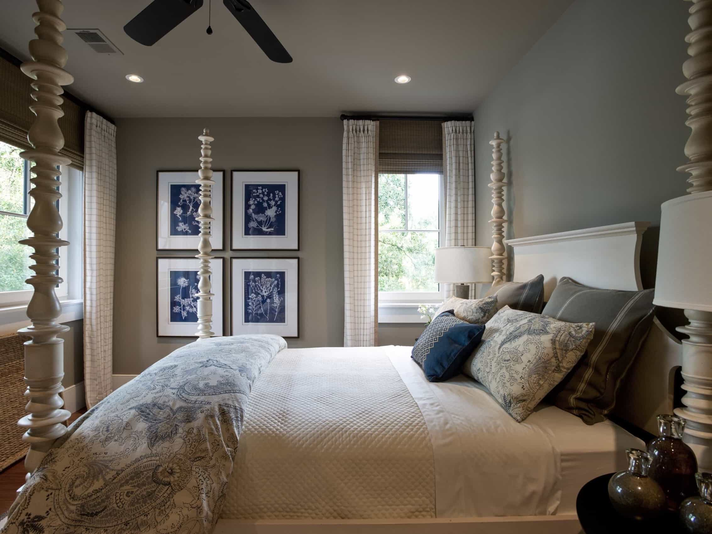 Featured Image of Guest Bedroom With Indigo Botanical Artwork