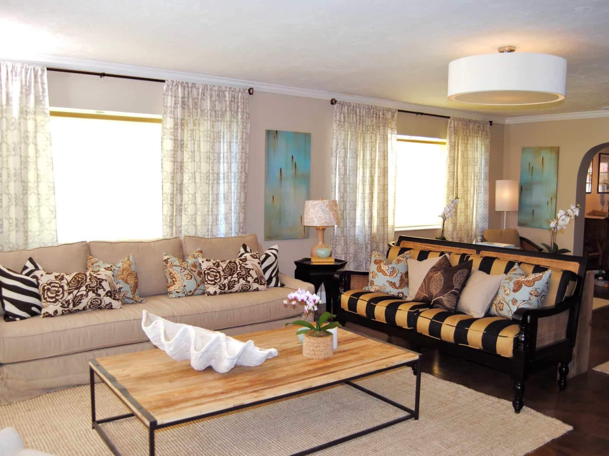 Living Room With Soft Colors And Bold Patterns 50134