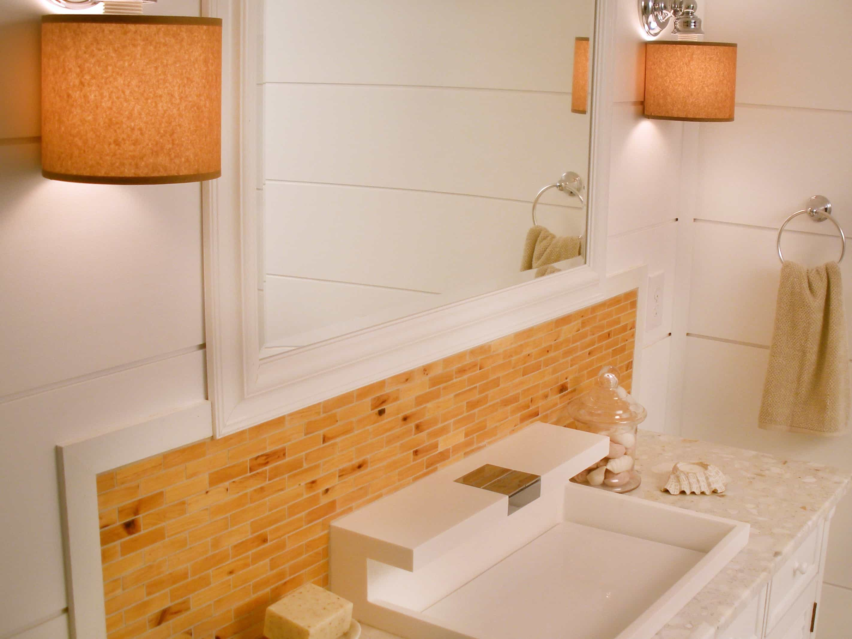 Featured Image of Modern Cape Cod Style Bathroom