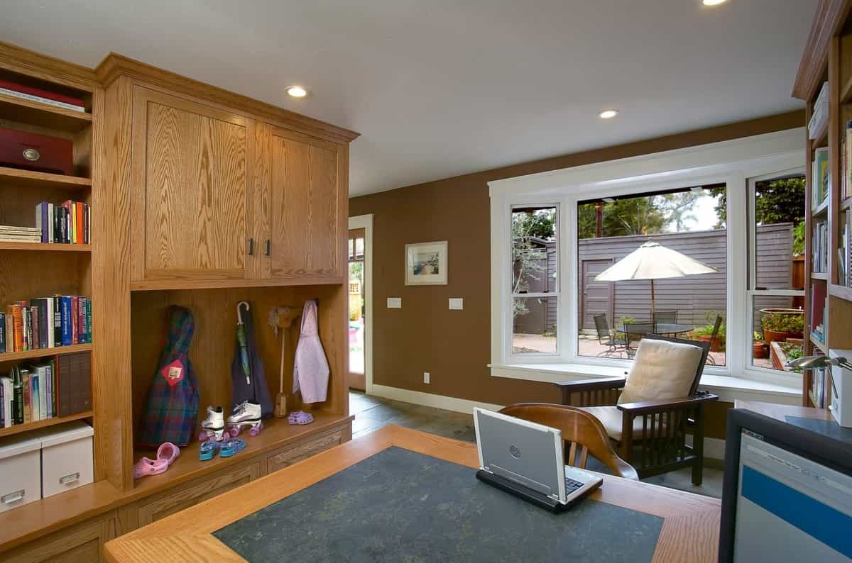 Featured Image of Modern Craftsman Home Office