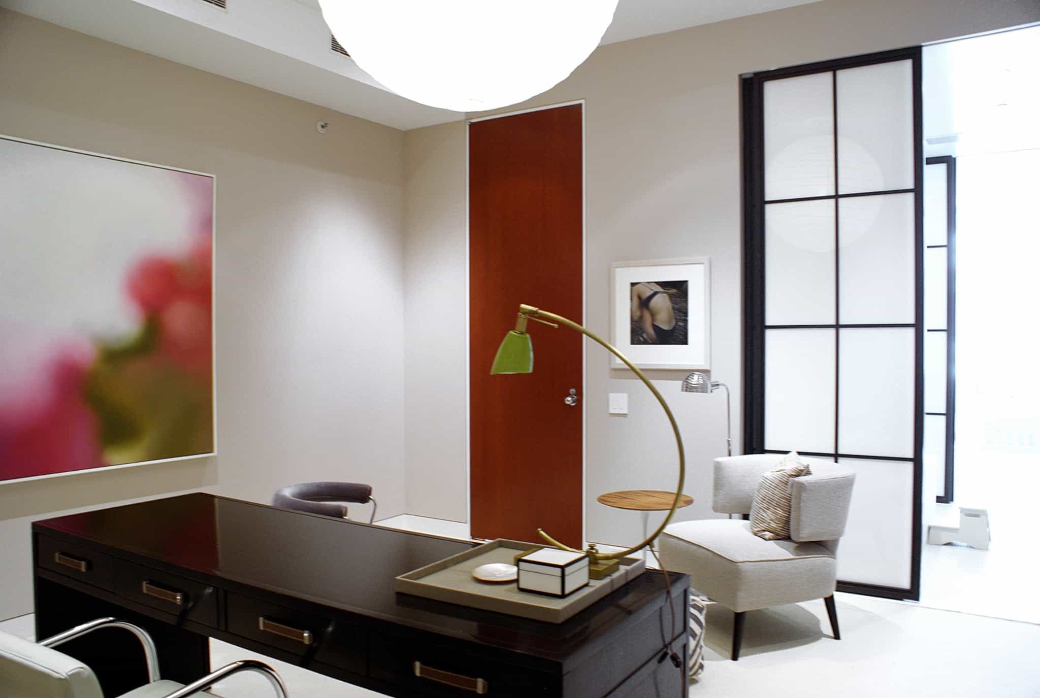 Featured Image of Modern Sleek Home Office Asian Inspired Design