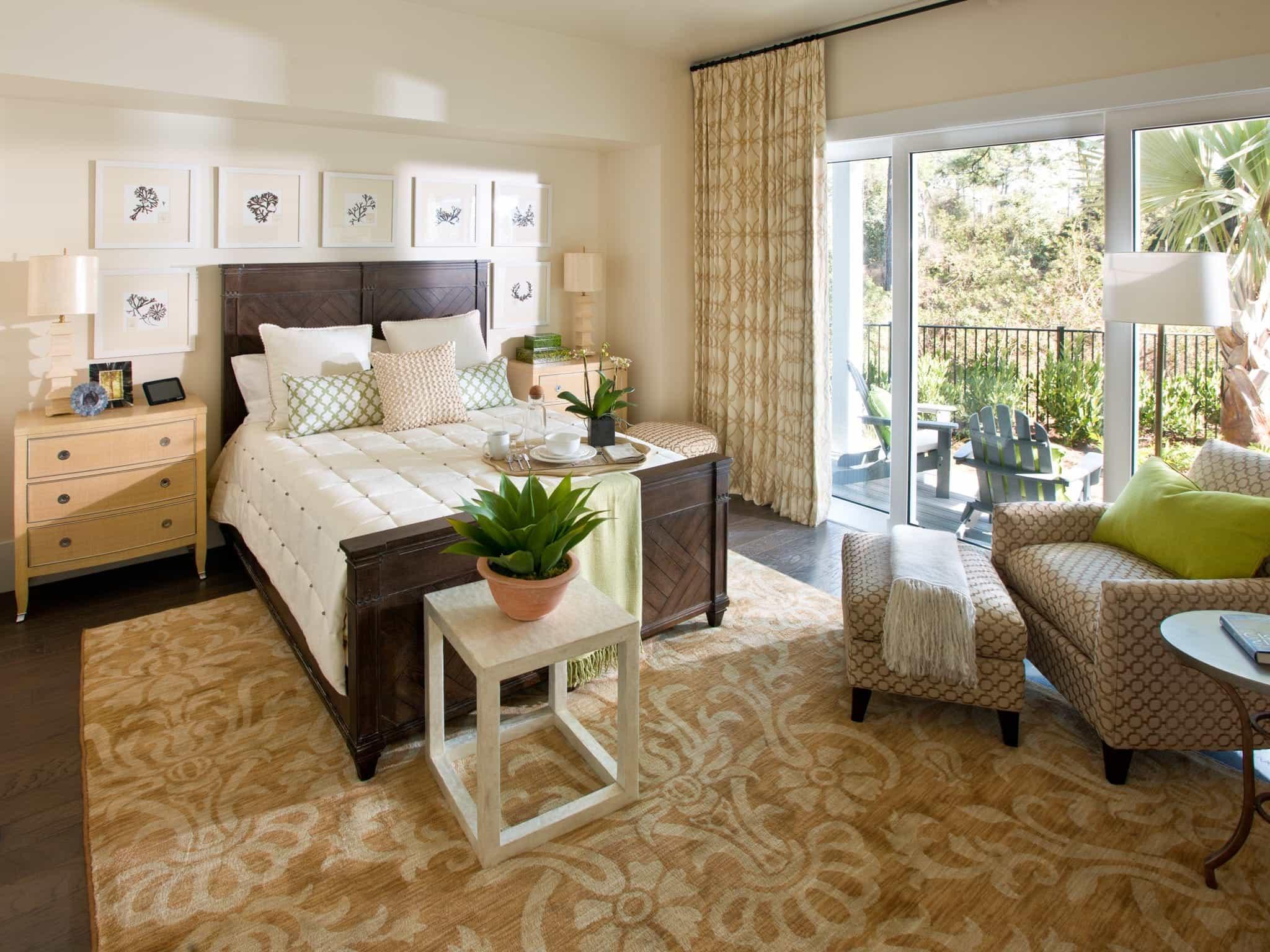 Featured Image of Modern Sliding Glass Door For Modern Master Bedroom