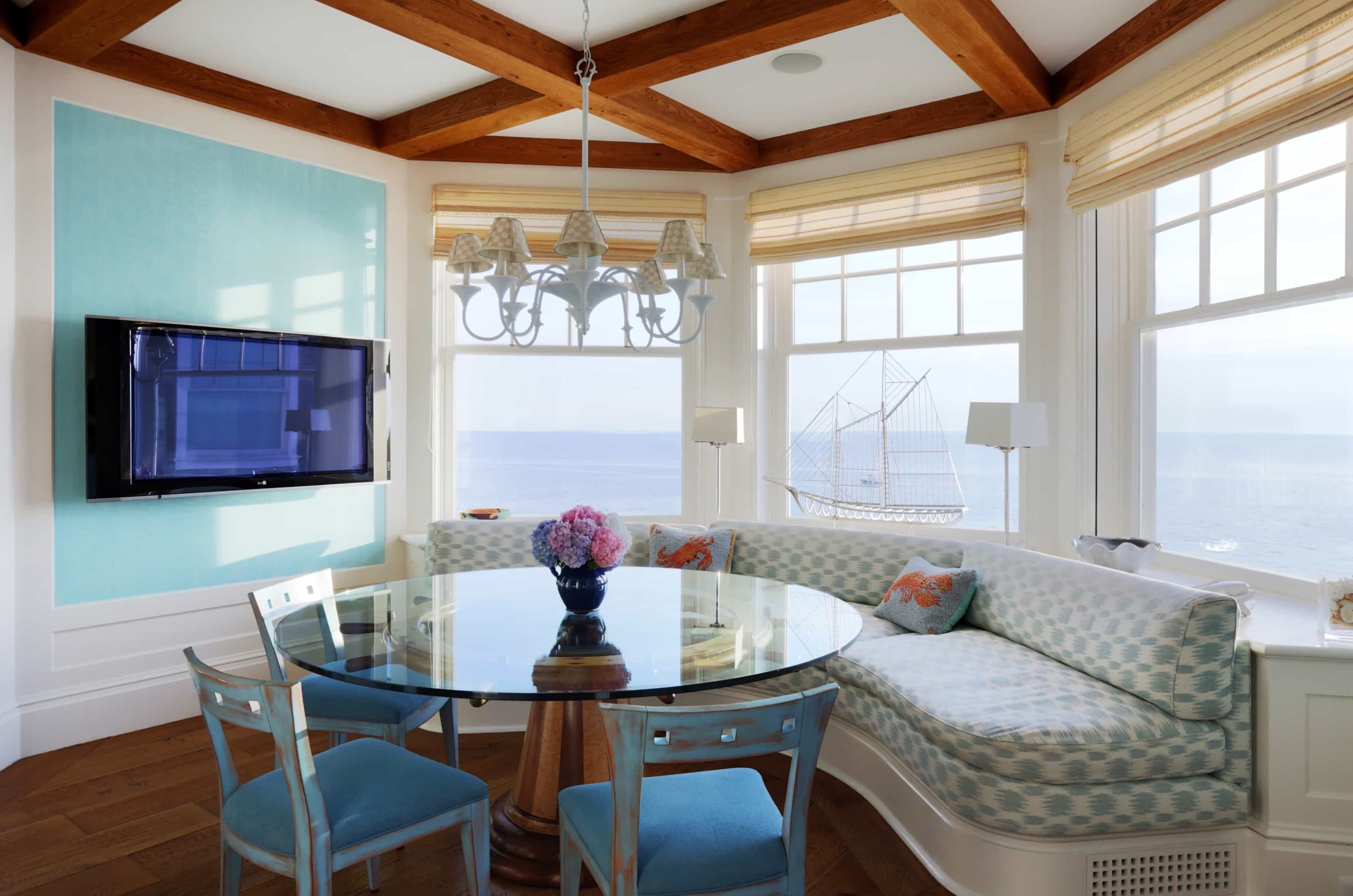 Featured Image of Nautical Blue And White Breakfast Nook
