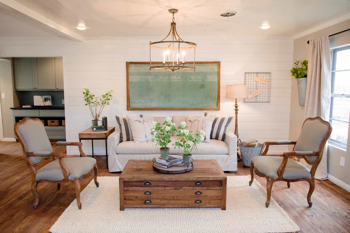 Featured Image of Neutral Rustic Living Room Decoration