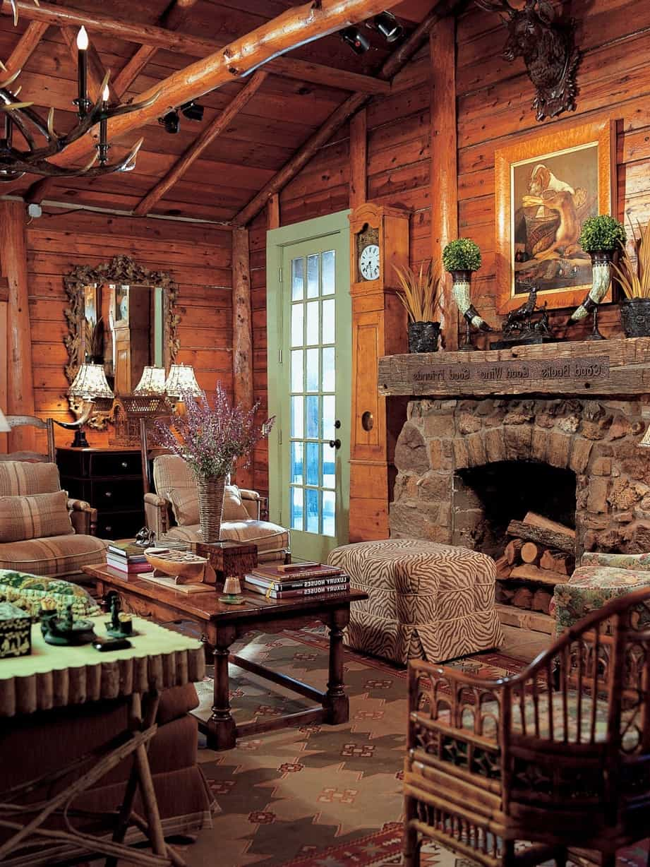 Featured Image of Old Style Living Room With Stone Fireplace