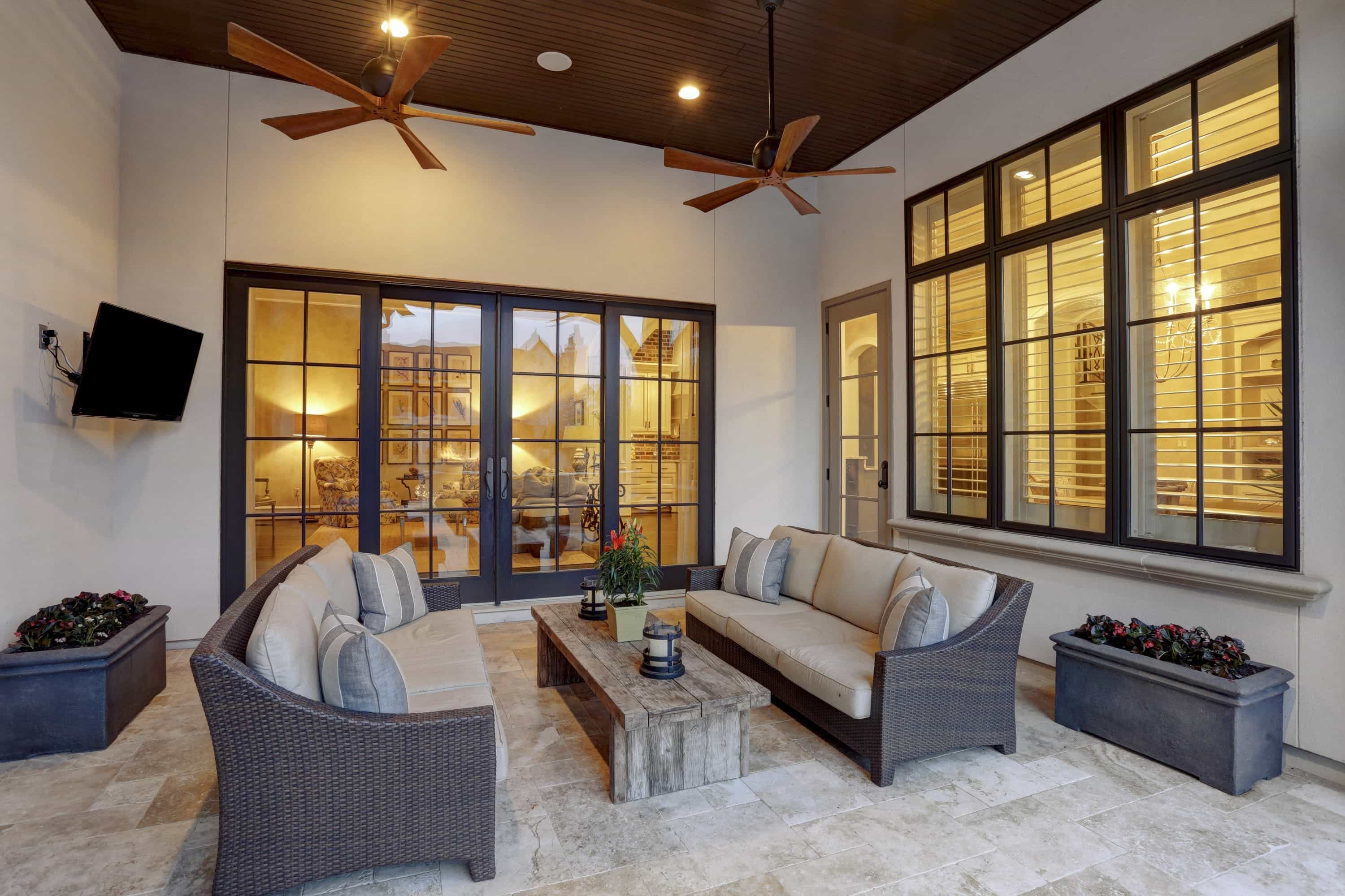 Outdoor Sitting Area With Sliding Glass Doors (Image 22 of 27)