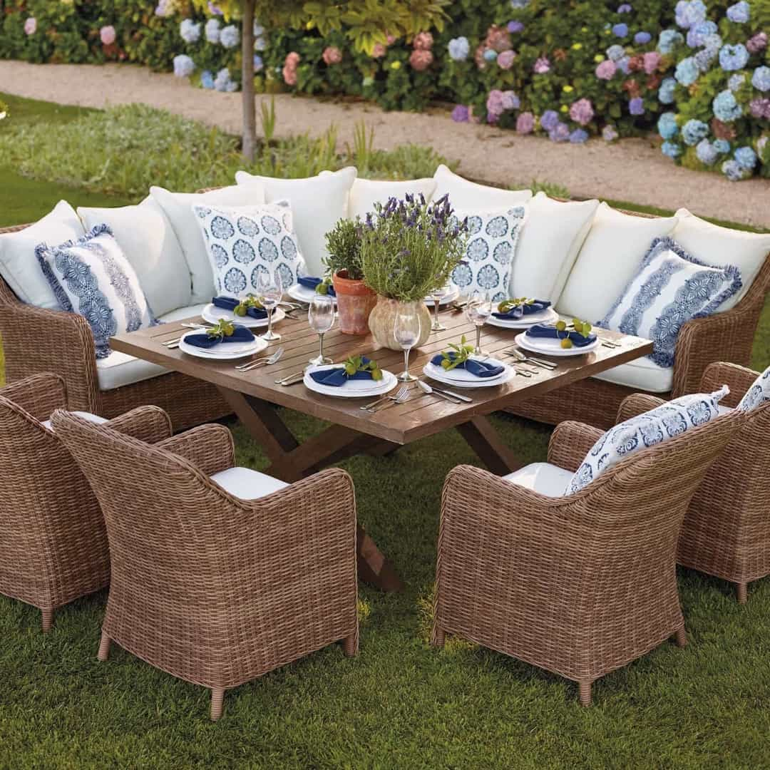Featured Image of Rattan Outdoor Dinner Furniture