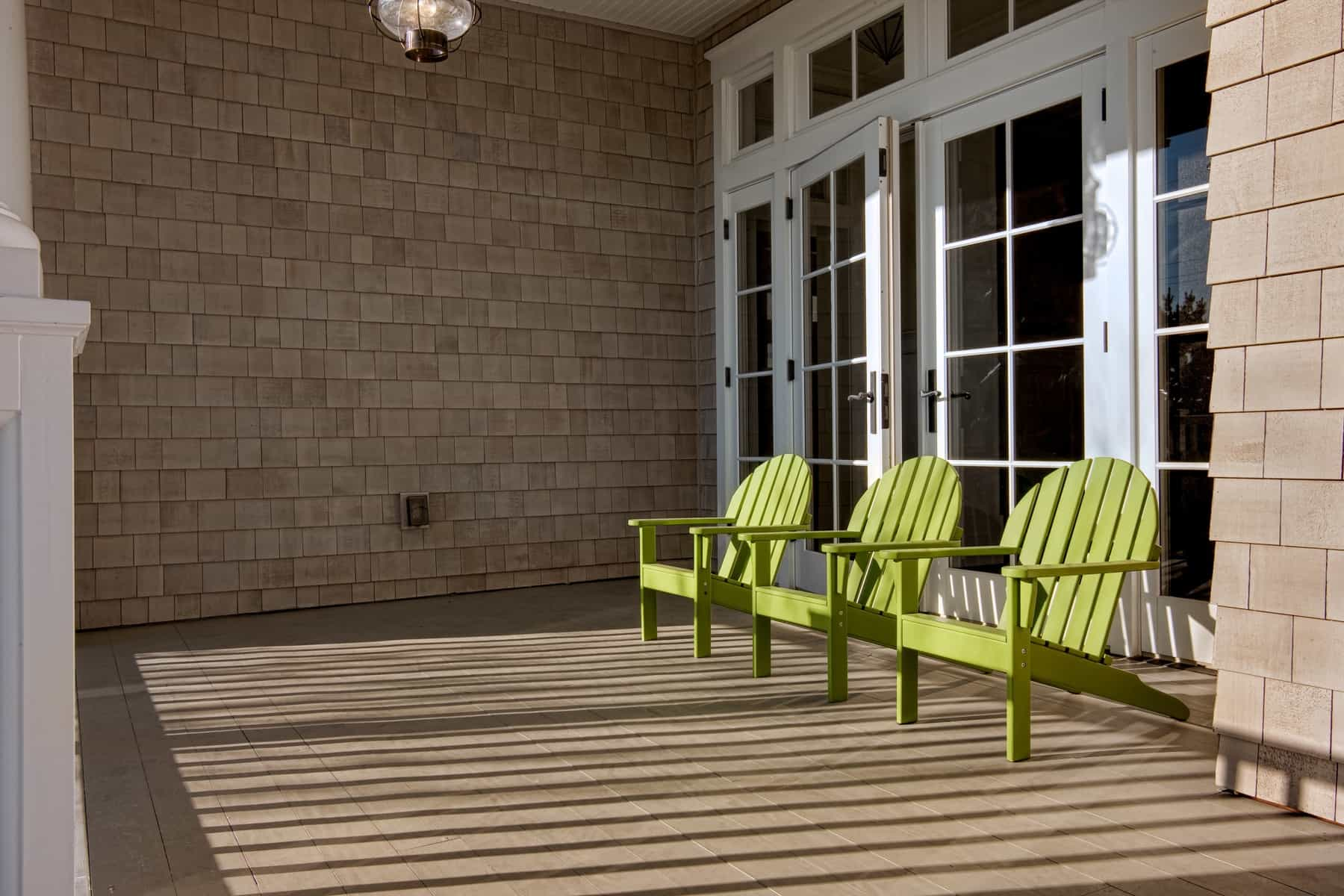 Featured Image of Traditional Covered Patio With Fun Seating