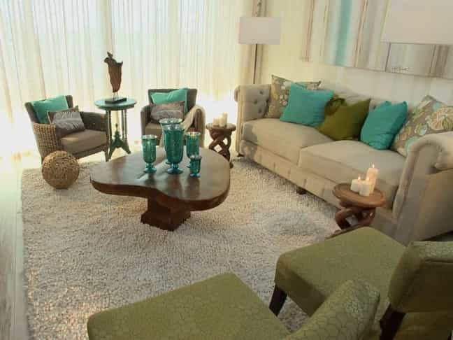 Featured Image of Transitional Living Room With Coastal Color Palette