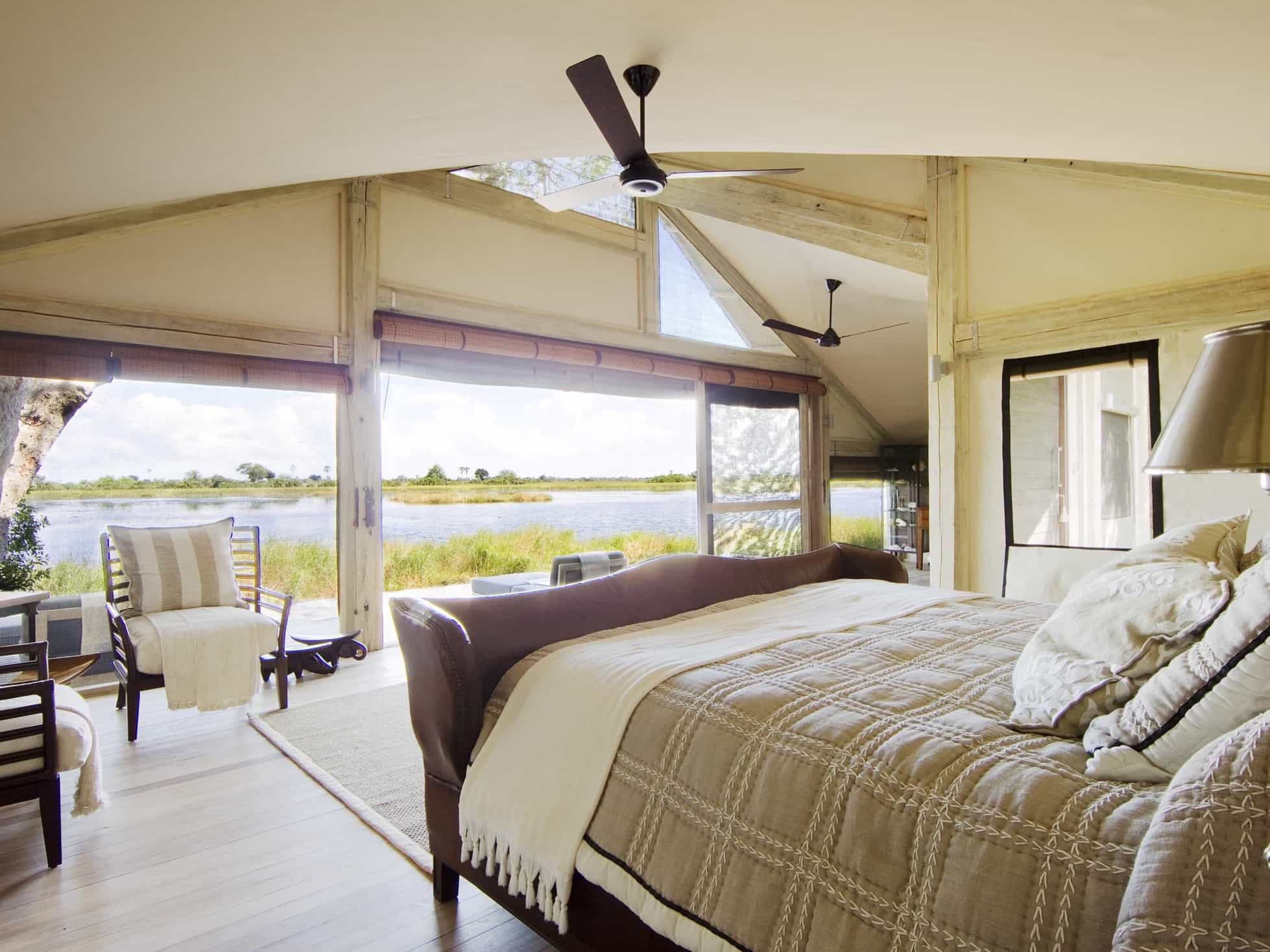 Featured Image of Tropical Bedroom With Bay View