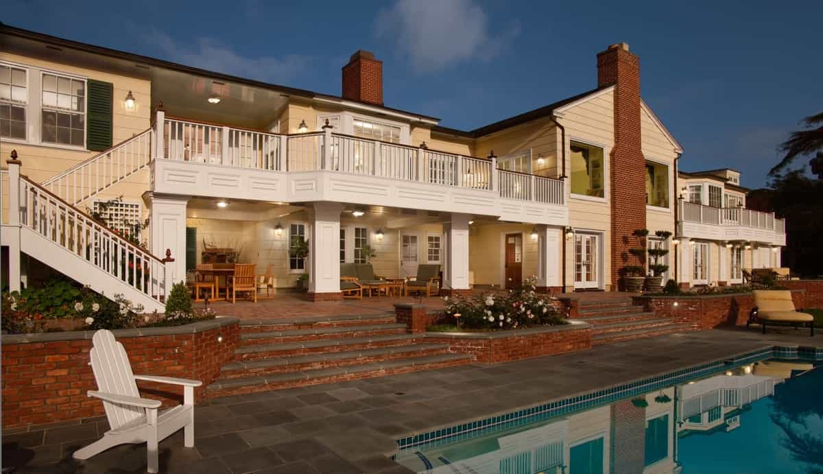 Featured Image of Wondeful Colonial Exterior And Brick Patio